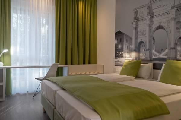 Hotel Super 8 Munich City North