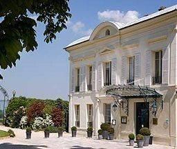 Hotel Pavillon Henri IV