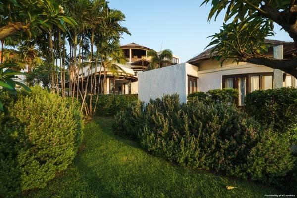 Hotel Aleenta Resort and Spa