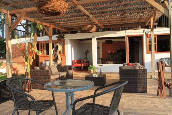 Entrepalmas Casa-hotel
