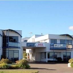 Hotel Sails Motor Lodge