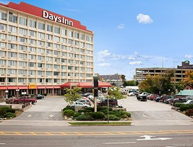 Hotel Wyndham Garden At Niagara Falls 3 Hrs Star Hotel In