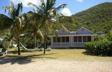 Hotel Oualie Beach Resort