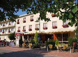 SIMON – Hotel & Café