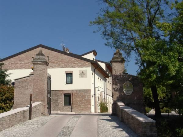 Hotel Corte Della Rocca Bassa