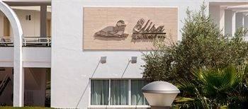 Universal Aparthotel Elisa