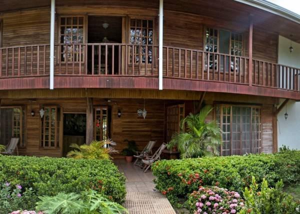 Hotel Santa Elena Lodge