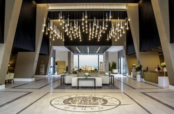 Grand Luxor Hotel Includes Terra Mítica® Theme Park Tickets