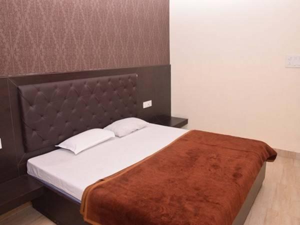 Hotel Maanya Palace