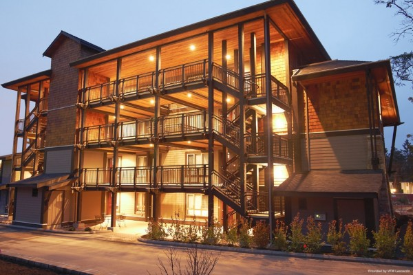Hotel Sunrise Ridge Waterfront Resort