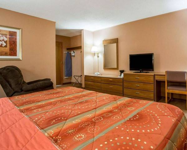 Hotel Econo Lodge Massena