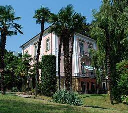 Montarina Hotel & Hostel