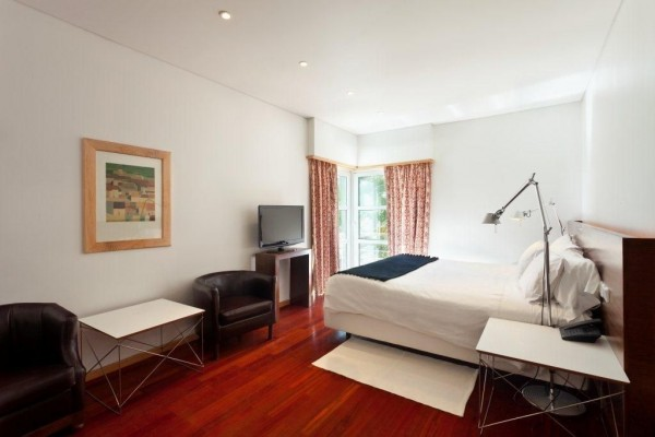 VALE DO GAIO HOTEL