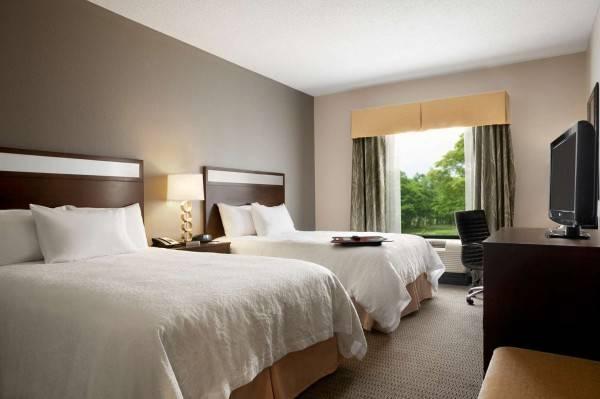 Hampton Inn - Suites Mansfield PA