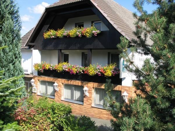 Gunsetal Hotel & Restaurant