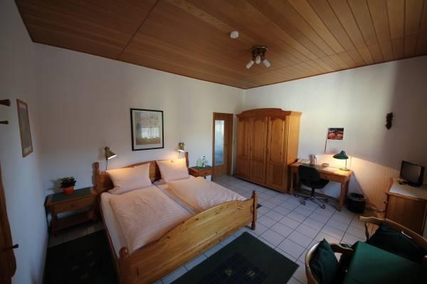 Hotel Kranig Das kleine Gaestehaus im Herzen von Biebrich