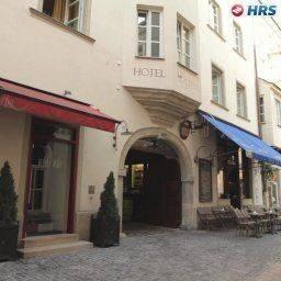 Hotel Orphée Grosses Haus