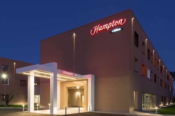 Hotel Hampton by Hilton Rome East