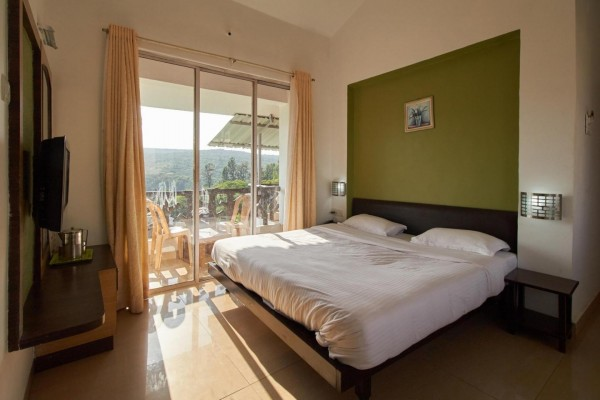Hotel Cloud Green