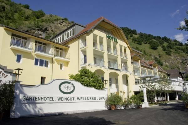 Gartenhotel & Weingut Pfeffel