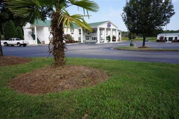 PLANTATION INN AND SUITES JACKSON