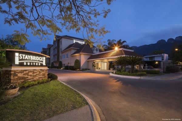 Hotel Staybridge Suites MONTERREY - SAN PEDRO