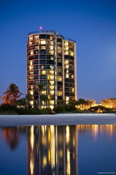 Hotel Pointe Estero Beach Resort 3