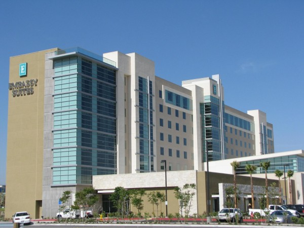 Hotel Embassy Suites by Hilton Ontario Airport