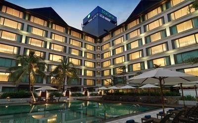 MiCasa All Suites Hotel