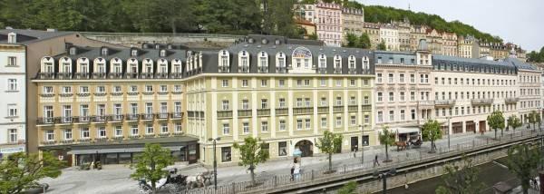 Hotel Kolonada by Bristol Group