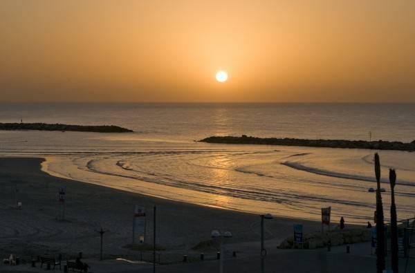 Hotel Leonardo Beach Tel Aviv