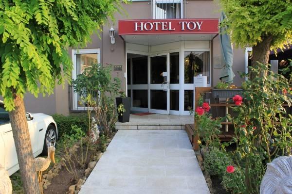 Hotel Toy