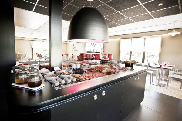 Hotel Campanile - Melun Dammarie Les Lys