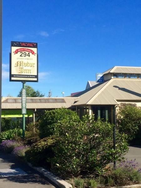 Arthur Wakefield Motor Inn