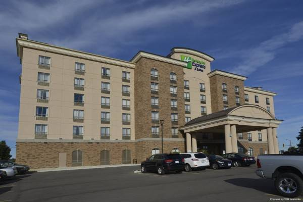 Holiday Inn Express & Suites WATERLOO - ST. JACOBS AREA