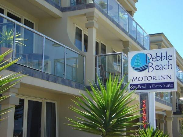 Pebble Beach Motor Inn