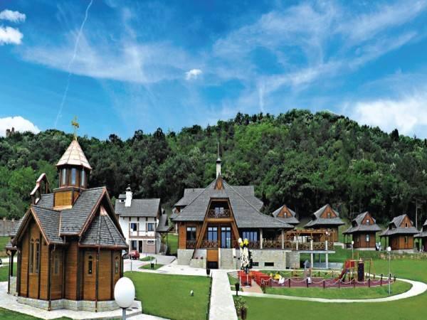 Etno Hotel Vrdnicka Kula 4 Hrs Star Hotel In Vrdnik