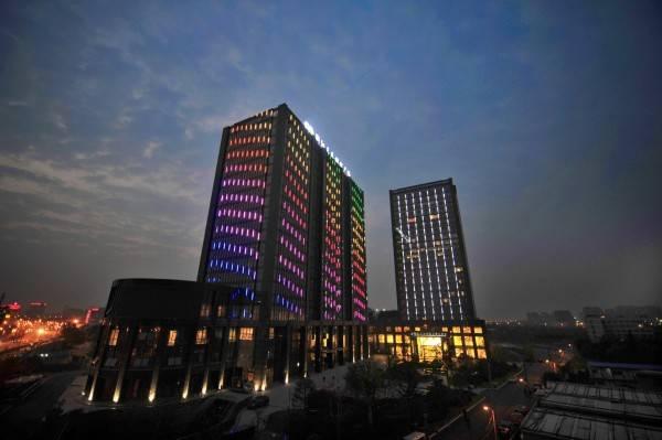 Grand New Century Hotel Canal Hangzhou