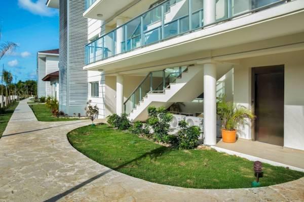 Hotel Punta Blanca Golf & Beach Resort