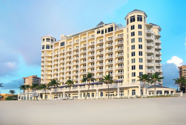 Hotel Pelican Grand Beach Resort