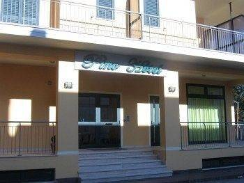 Pino Hotel