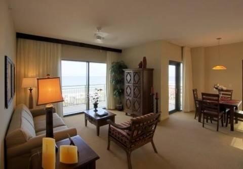 Beach Resort By Emerlad View Mgmt