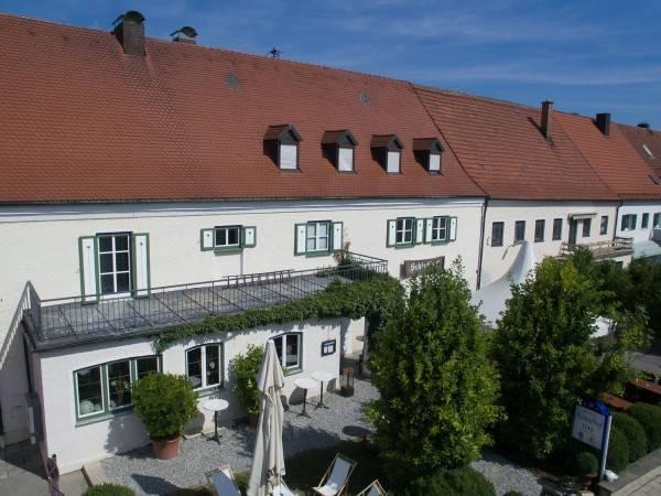 Hotel Schlosshof anno 1743