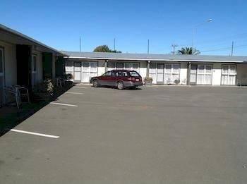 Camberley Court Motel