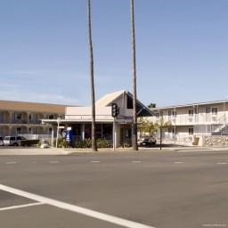 Motel 6 Oceanside Marina