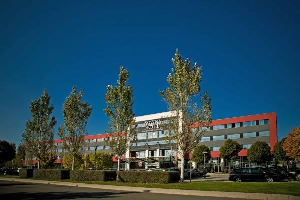 Hotel Novina Herzo-Base