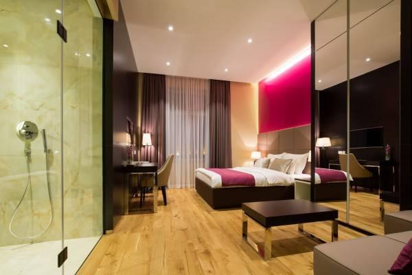 Hotel MACCANI LUXURY SUITES