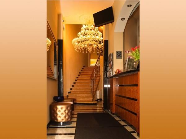 Expo City Hotel