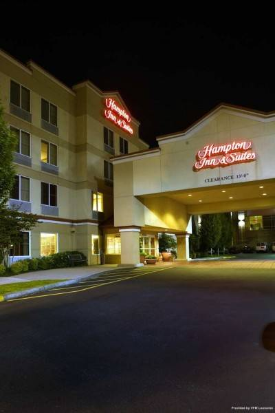Hampton Inn - Suites Seattle North-Lynnwood
