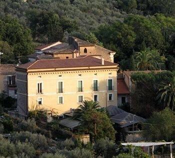 Hotel Villa Euchelia Resort